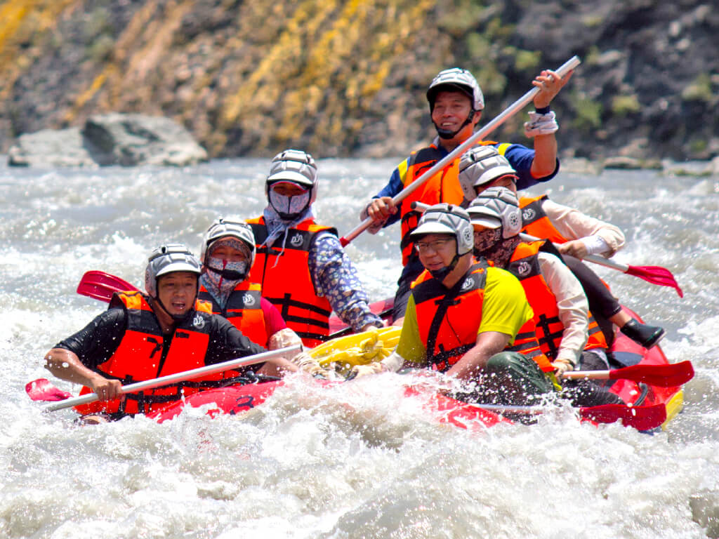 The Way of Thinking on the East Coast - the Tatadok Rafting and Culture Experience