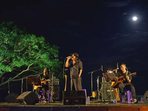 Taiwan East Coast Land Arts Festival & Moonlight Sea Concert