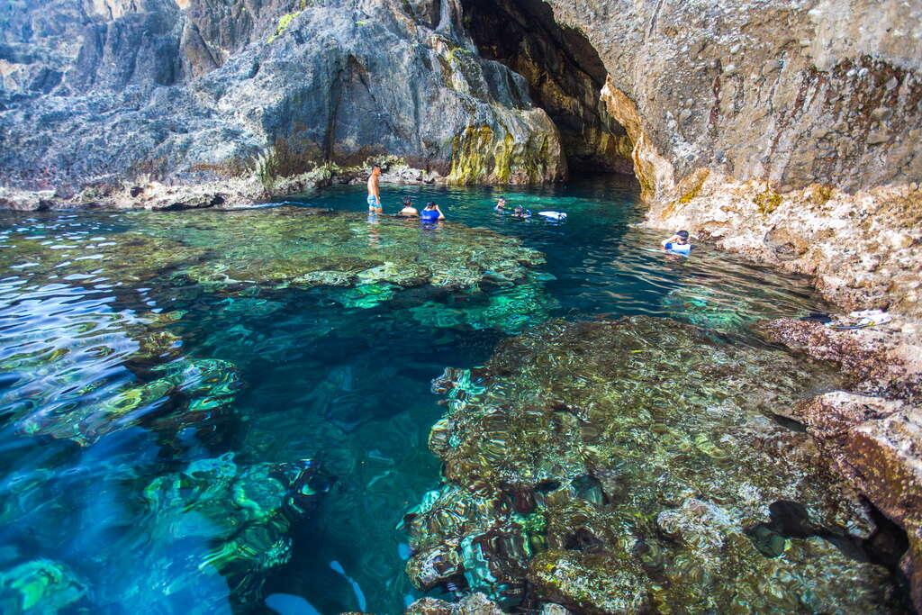柚子湖秘境-藍洞