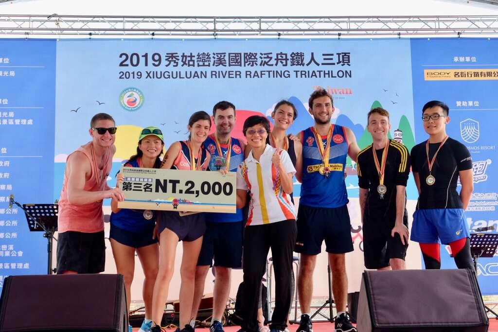 國際選手獲得二鐵團體獎